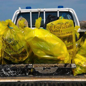 Giovedì 23 agosto: una mattina dedicata alla pulizia della spiaggia di Principina a Mare